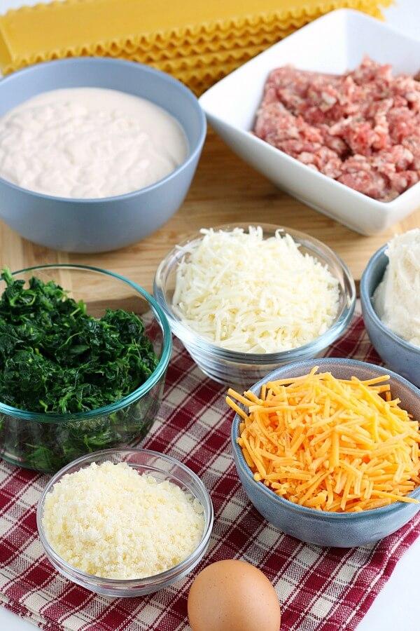 ingredients for spinach alfredo lasagna