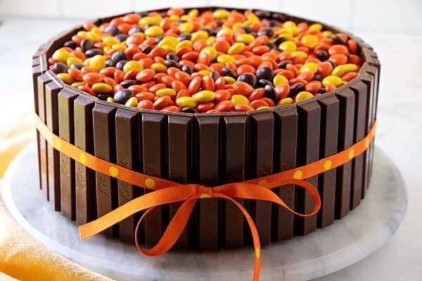 finished Kit-Kat Cake with orange ribbon