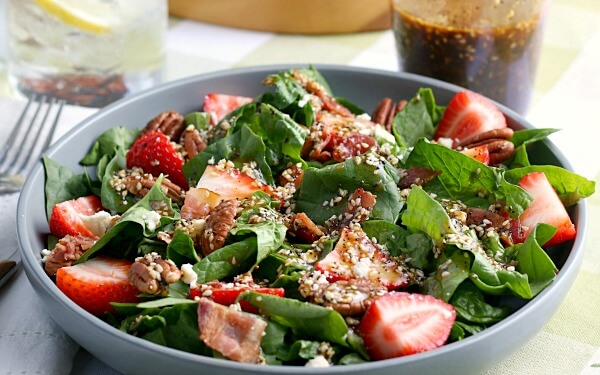 finished strawberry spinach salad recipe prepared and ready to eat