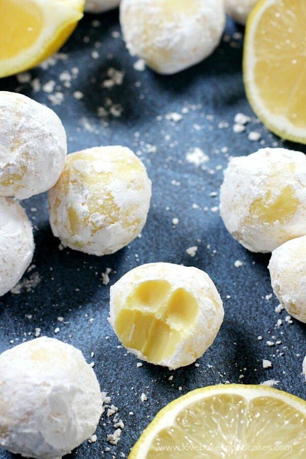 White Chocolate Lemon Truffles with lemon slices.