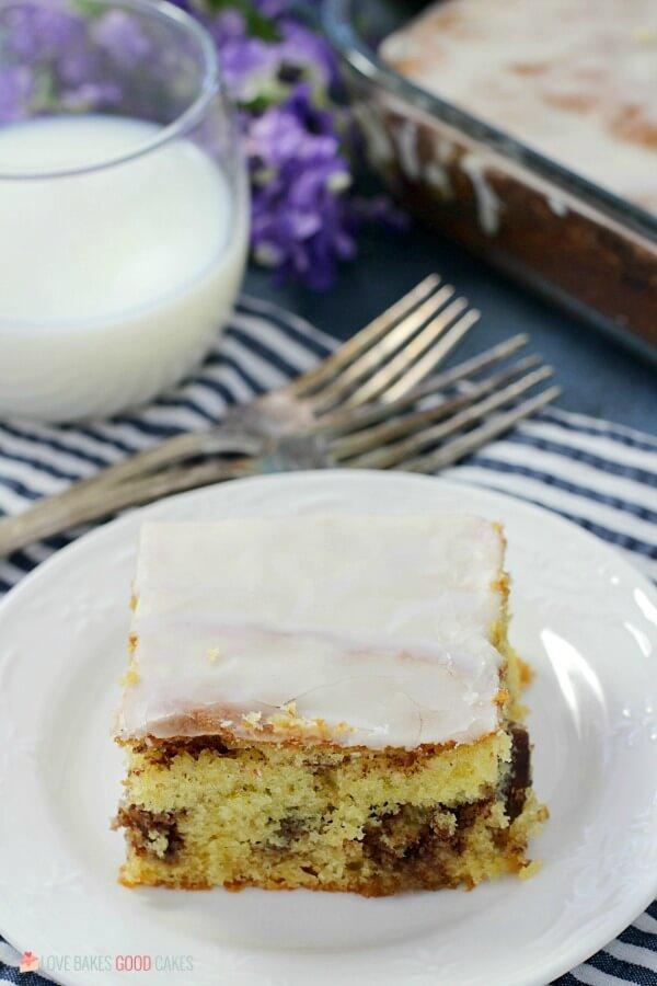 Homey Bun Cake with glaze